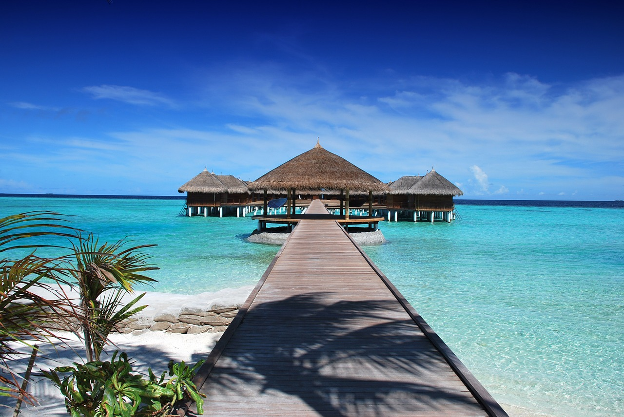 traveling to maldives