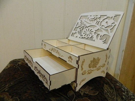Laser Cut Decorative Wooden Jewelry Box With Drawer Free Vector