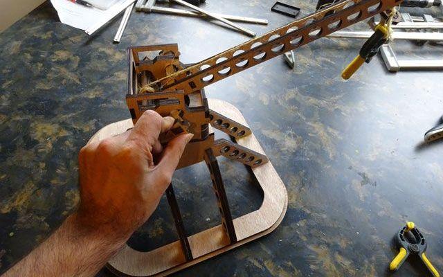 platformcrane-laser-6 Model Making: Platform Crane