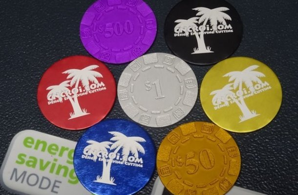 custom-poker-chip-x5 Custom Poker Chips & Money Clip: CNC Laser Engraving