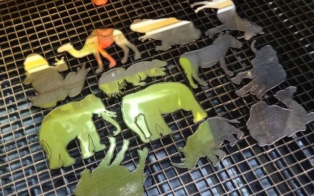 laminate-animal-x6 Metal Looking Custom Laminate Animals