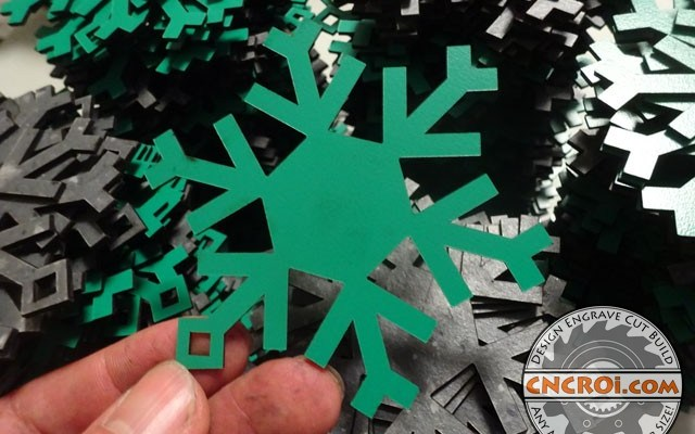 formica-ornament-8 Formica Snowflakes: Custom Christmas Tree Ornaments