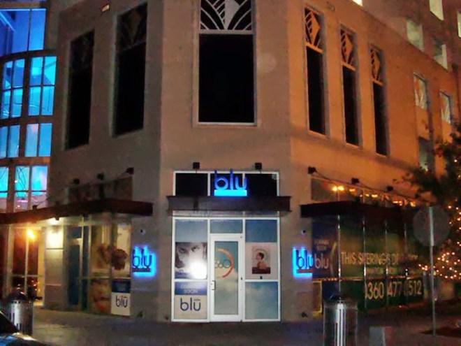 blu-club-signage-3