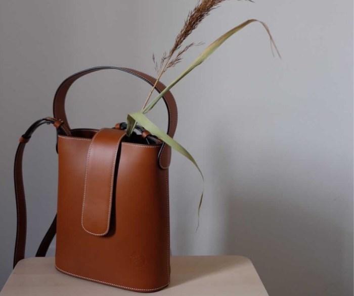 C.Nicol Holly mini tan leather bag