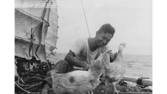 The journey of a lifetime.. 5 fishermen, a diplomat and two chickens crossed the Pacific Ocean in a Chinese junk boat 60 years ago