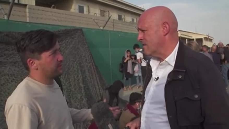 مع تسارع وتيرة عمليات الإجلاء.. مراسل CNN يتحدث مع الهاربين من مطار كابول