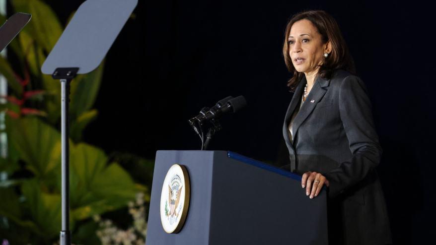 كيف ردت كامالا هاريس على التساؤلات حول أفغانستان خلال زيارتها جنوب شرق آسيا؟