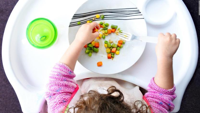 Expertos recomiendan no añadir azúcar a dieta de su bebé