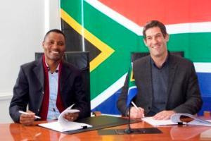 Thulani Nzima and Brett Morris -small