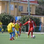 Primary football semifinal spots booked
