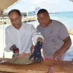 Governor takes in Grand Cayman sights