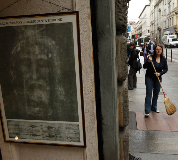 A reproduction of the Shroud of Turin is seen near the Cathedral of St. John the Baptist in Turin, Italy, in this April 27, 2010, file photo. The shroud will be on public display in the cathedral for two months beginning April 19. (CNS/Paul Haring)