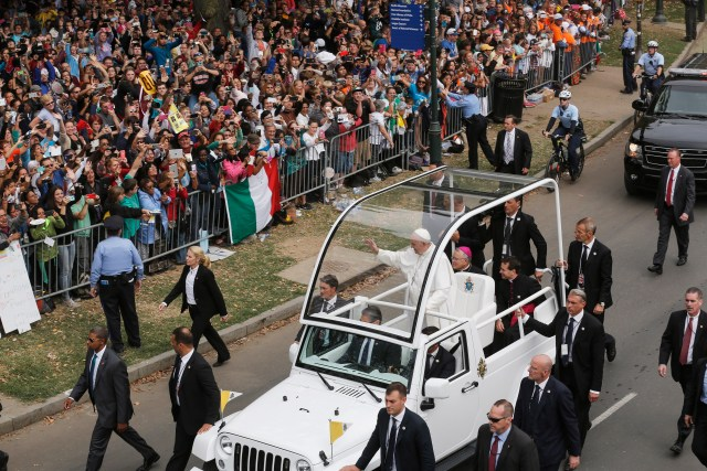 Pope Francis arrives in the popemobile for the closing Mass of the World Meeting of Families in Philadelphia Sept. 27. (CNS/Bob Roller)