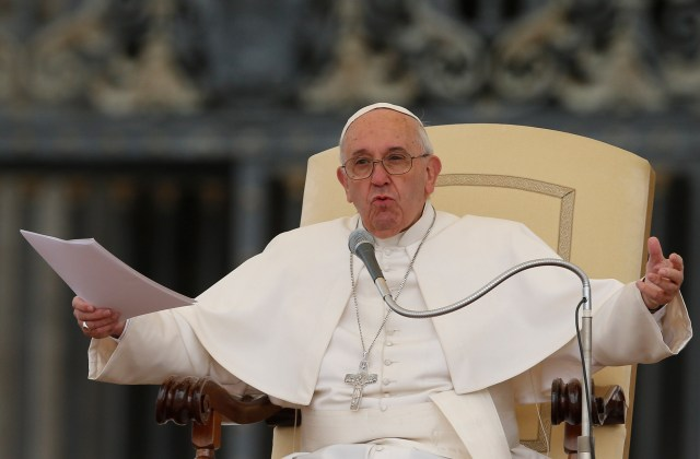 Pope Francis leads his general audience in St. Peter's Square at the Vatican Oct. 21. (CNS/Paul Haring)