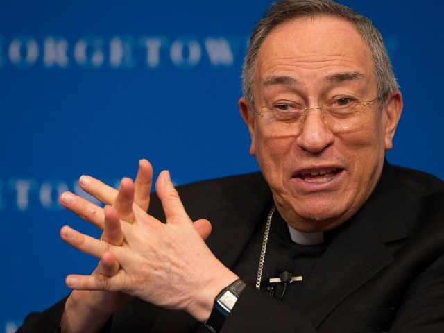 Cardinal Oscar Rodriguez Maradiaga of Tegucigalpa, Honduras, speaks about Pope Francis' environmental encyclical on the planet and the poor at Georgetown University Law Center in Washington Nov. 2. (CNS/Tyler Orsburn)