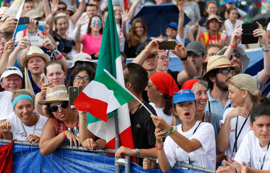 The crowd reacts as Pope Francis arrives to celebrate the closing Mass of World Youth Day at Campus Misericordiae in Krakow, Poland, July 31. (CNS/Paul Haring)