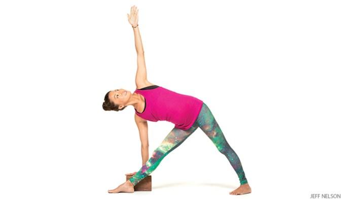 triangle ( trikonasana) yoga pose