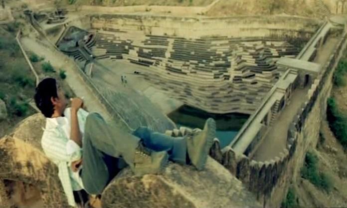 rang de basanti nahargarh fort scene
