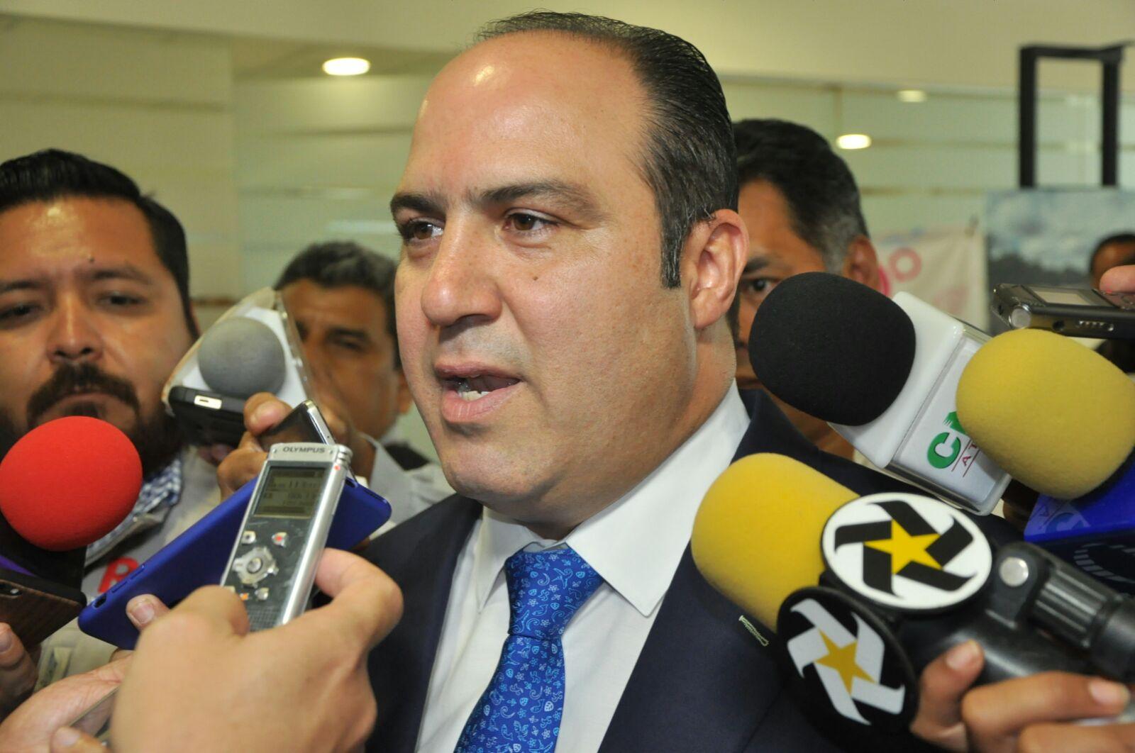 Diputado Garcia: Desabasto En Salud Es Falso, Dice Diputado Carlos García