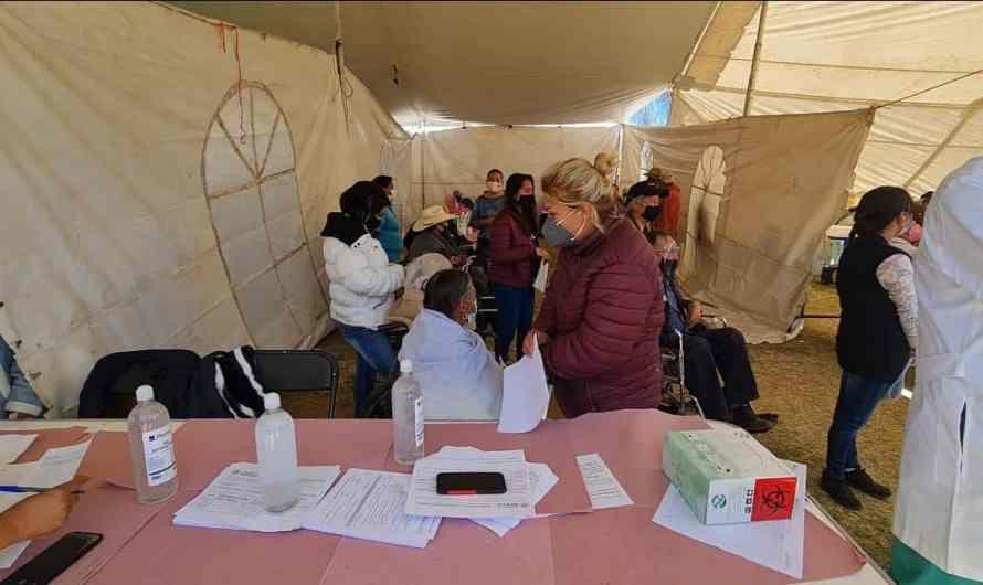 Se hacen bolas para vacunar en Amanalco