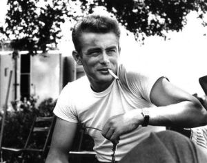 http___www.thefashionisto.com_wp-content_uploads_2015_03_James-Dean-White-T-Shirt-Rebel-Without-a-Cause