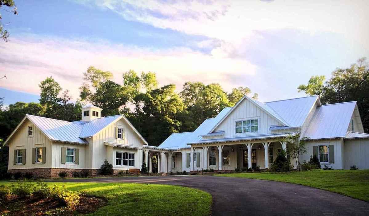 130 Stunning Farmhouse Exterior Design Ideas (1)