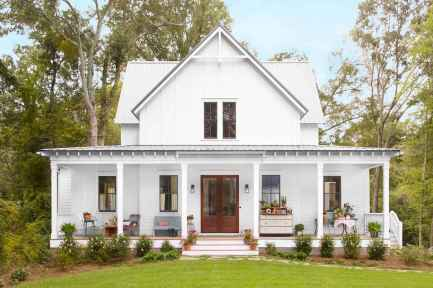 130 Stunning Farmhouse Exterior Design Ideas (23)