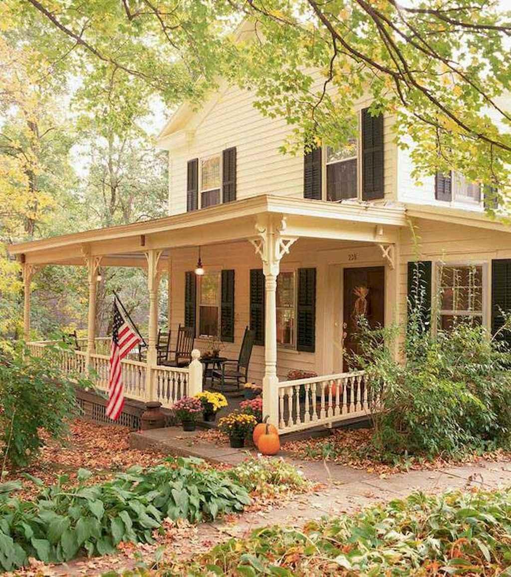 130 Stunning Farmhouse Exterior Design Ideas (81)