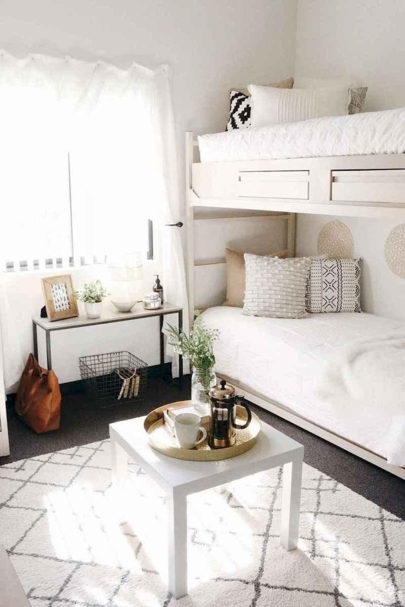 35 DIY Dorm Room Design Ideas on A Budget (24)