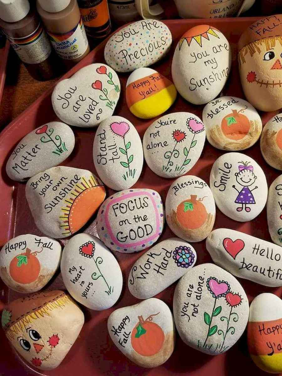 50 DIY Painted Rock Ideas for Your Home Decoration (1)