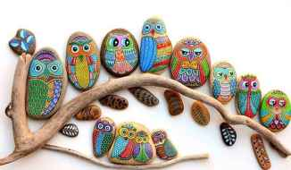 50 DIY Painted Rock Ideas for Your Home Decoration (48)