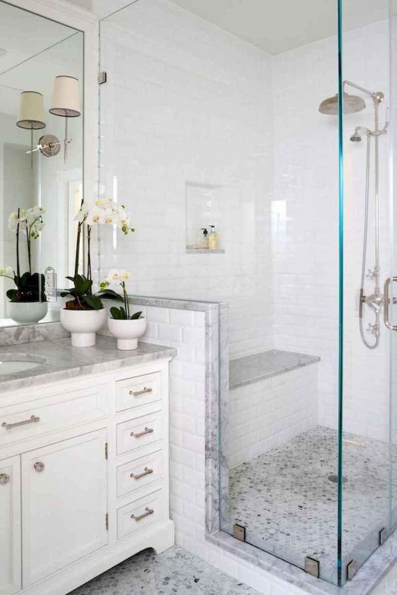 80 Amazing Master Bathroom Remodel Ideas (74)