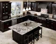 60 Black Kitchen Cabinets Design Ideas (43)