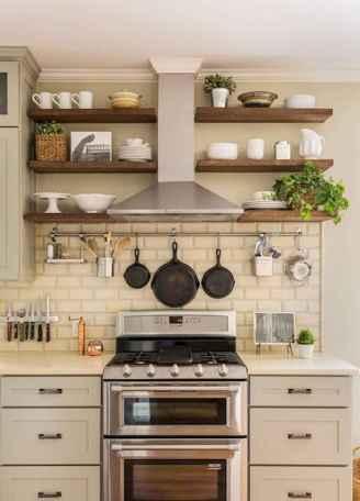 70 Brilliant Small Apartment Kitchen Decor Ideas (28)