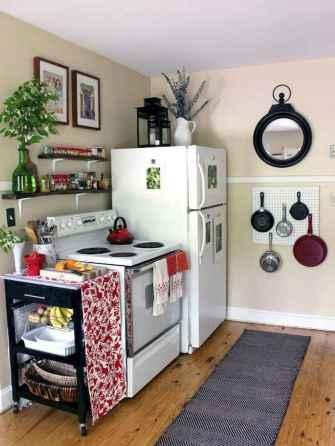 70 Brilliant Small Apartment Kitchen Decor Ideas (69)