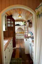 70 Brilliant RV Living Iinterior Remodel Ideas On A Budget (33)