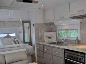 70 Brilliant RV Living Iinterior Remodel Ideas On A Budget (43)