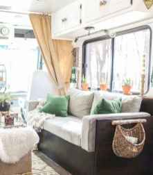 70 Brilliant RV Living Iinterior Remodel Ideas On A Budget (72)