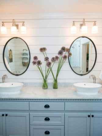 90 Awesome Lamp For Farmhouse Bathroom Lighting Ideas (39)