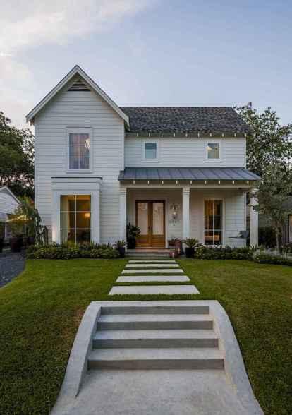 90 Awesome Modern Farmhouse Exterior Design Ideas (36)