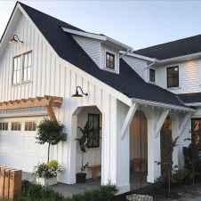 90 Awesome Modern Farmhouse Exterior Design Ideas (60)