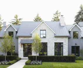 90 Awesome Modern Farmhouse Exterior Design Ideas (86)