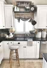 90 Best Farmhouse Kitchen Cabinet Design Ideas (135)