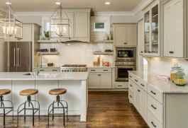 90 Best Farmhouse Kitchen Cabinet Design Ideas (147)