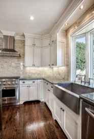 90 Best Farmhouse Kitchen Cabinet Design Ideas (170)