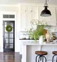 100 Elegant White Kitchen Cabinets Decor Ideas For Farmhouse Style Design (7)
