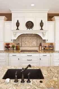 100 Elegant White Kitchen Cabinets Decor Ideas For Farmhouse Style Design (98)