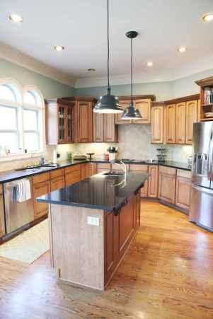 100 Supreme Oak Kitchen Cabinets Ideas Decoration For Farmhouse Style (38)