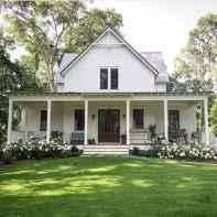 110 Beautiful Farmhouse Porch Decor Ideas (44)