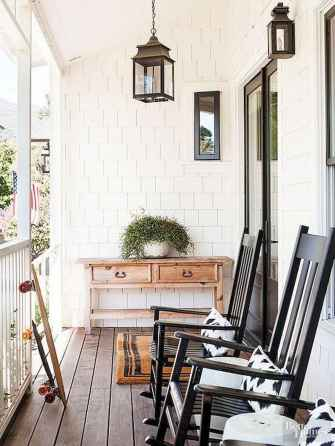 110 Beautiful Farmhouse Porch Decor Ideas (55)